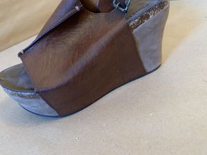 Brand new Very comfy heel, excellent heel size 6 for Sale in Morristown, NJ