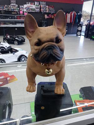 Bulldog bluetooth speaker for Sale in Houston, TX