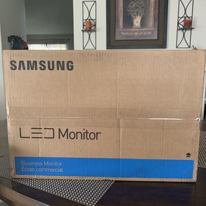 Brand New Samsung SE450 Desktop Monitor for Sale in Chino, CA