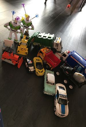 Trash truck( making sound)recycle truck, Disney toys , construction machinery , police car , old fashion car all in range of 5 to 15$ for Sale in Los Angeles, CA