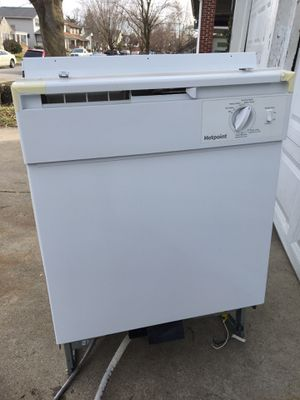 Dishwasher and 2 microwaves all for 50$. for Sale in Columbus, OH