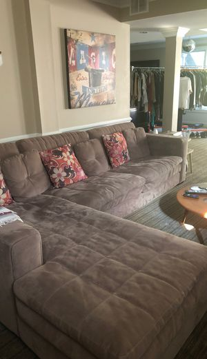 Sectional sofa couch seating for Sale in FSTRVL TRVOSE, PA