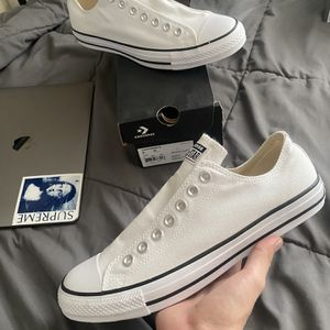 New men's converse laceless white size 9 for Sale in Los Angeles, CA