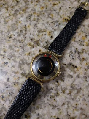 Juvenia Women's Swiss 17 Jewel Mech. Wind Mystery Dial for Sale in Burbank, CA