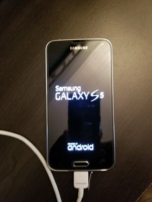 Galaxy s5 for Sale in Ranson, WV