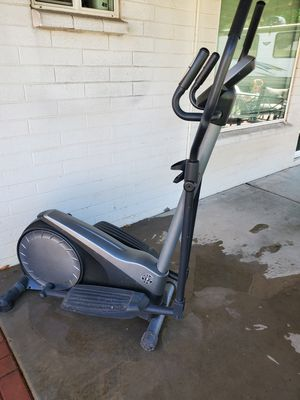 Gold's Gym elliptical for Sale in Peoria, AZ