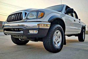 ֆ14OO 4WD Toyota Tacoma 4WD for Sale in Fresno, CA