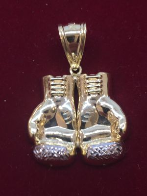 10K Y Boxing Glove Diamond Cut Charm for Sale in Plano, TX