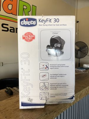Chicco KeyFit 30 Infant Rear Facing Car Seat & Base for Sale in Santa Rosa, CA