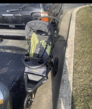 Used kids stroller great condition wheels takes air and wheels in great condition for Sale in Washington, DC
