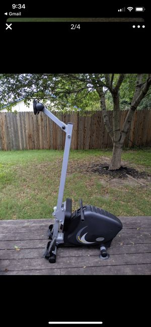Rowing exercise machine for Sale in Leander, TX