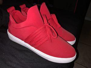 Size 8 Steve Madden sneakers worn once for Sale in San Bernardino, CA