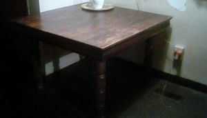 Antique table OAK WOOD SOLID. 225.00. OBO. READY TO SELL MAKE OFFER for Sale in Columbus, OH