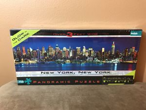 New York, New York 750 pc glow in the dark puzzle by Buffalo Games - NEW sealed for Sale in Winter Springs, FL