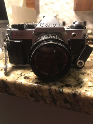 Canon film camera and extra lens for Sale in Marietta, GA
