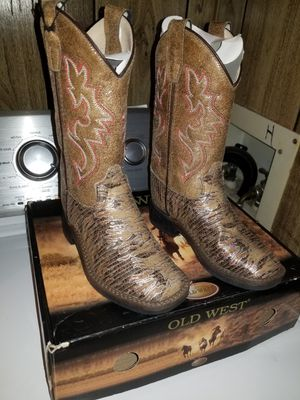 Old west girl boots size 10c for Sale in Commerce City, CO