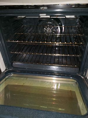 Estufa en buenas condiciones de uso for Sale in Belle Isle, FL