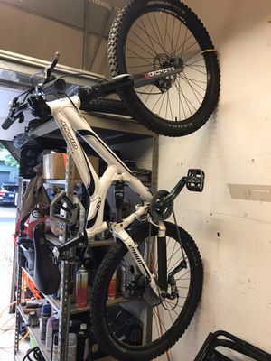 Giant mountain bike ds1 for Sale in Camas, WA