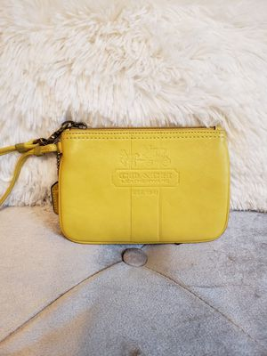 Leather wristlet Coach lt yellow for Sale in Molalla, OR