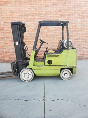 Forklift Clark for Sale in Los Angeles, CA