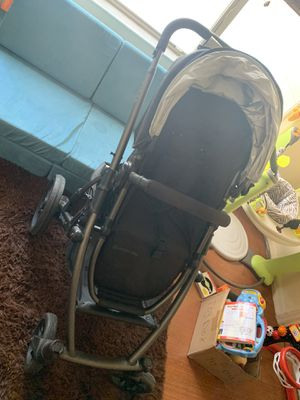 2012 Uppababy Vista Stroller and Bassinet for Sale in West Palm Beach, FL