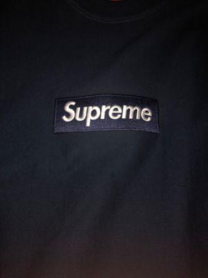 Supreme box logo crewneck fw18 for Sale in Spring Valley, CA