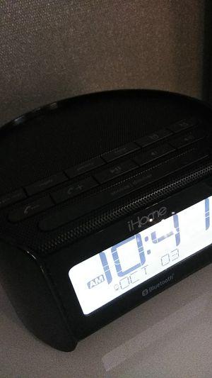 iHome Bluetooth speaker radio for Sale in Columbus, OH