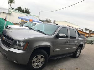 2007 Chevy Avalanche for Sale in Spring Valley, CA