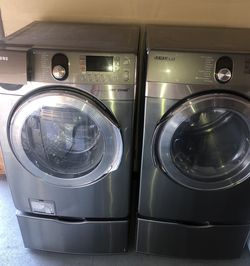 Front Load Washer And Electric Dryer Set for Sale in Phoenix,  AZ