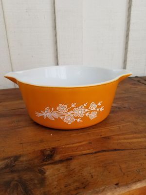 Pyrex Butterfly Gold Casserole for Sale in Whittier, CA