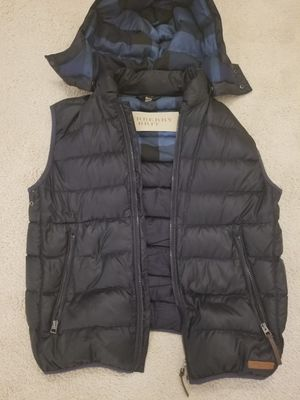 Burberry Navy Blue Mens Vest (Size = Large) for Sale in Severn, MD
