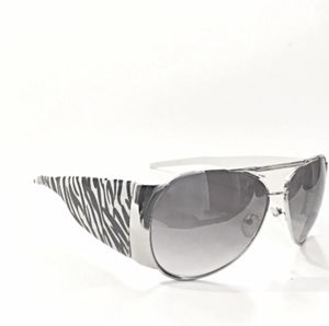 Catch The Zebra Women's Sunglasses for Sale in Maricopa, AZ