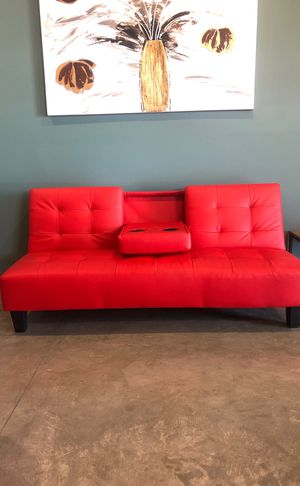 Red leather futon!!! for Sale in Fresno, CA