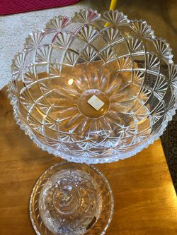 """Mikasa crystal Bowl 12"""" & crystal butter dish for Sale in Gaithersburg,  MD"""