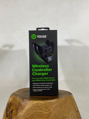 Xbox One wireless Controller Charger for Sale in Las Vegas, NV