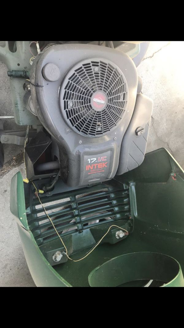 Tractor para jardinería