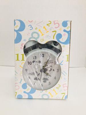 Mark Feldstein Black & White Wacky Waker Cow Alarm Clock -Moo Moo! for Sale in Las Vegas, NV