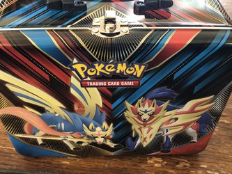 Pokemon EMPTY Collectors Chest Tin Metal Lunch Box Zacian Zamazenta Sword Shield for Sale in San Diego,  CA