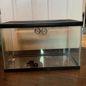 10 gallon tank for Sale in El Cajon, CA