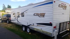 2012 salem cruiselight 27 foot camper sleeps up 2 nine people bunkhouse 12,000 OBO in great condition no pets or smoking. for Sale in Tacoma, WA