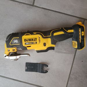 Dewalt Multi-Tool for Sale in Renton, WA