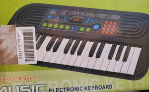 Electronic Keyboard Mini Keys for Sale in Torrance, CA