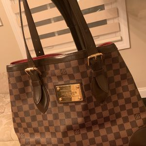 Pre-owned Authentic Louis Vuitton Damier Azur Hempstead MM, good condition, dust bag not included. for Sale in Dearborn, MI