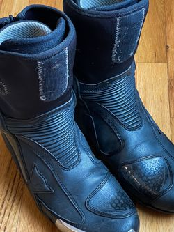Dainese Axial D1 Motorcycle Boots for Sale in Portland,  OR