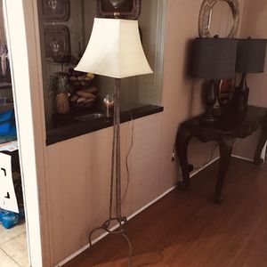 5 feet Floor lamp! for Sale in Homeland, CA