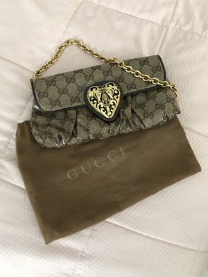 GUCCI EVENING BAG for Sale in Lemont, IL