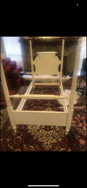 Twin size bed frame for Sale in Roswell, GA