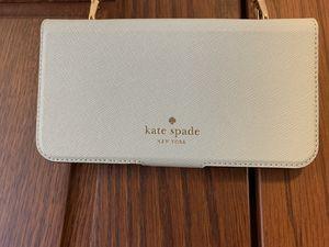 Kate Spade Phone Crossbody for Sale in Yuma, AZ