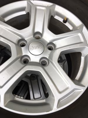 Used 17 inch Jeep wheels and tires for Sale in La Habra Heights, CA