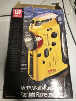 Am/fm weatherband radio / flashlight fluorescent lantern for Sale in Elk Grove, CA